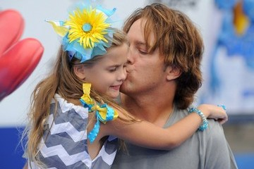 larry birkhead girlfriend