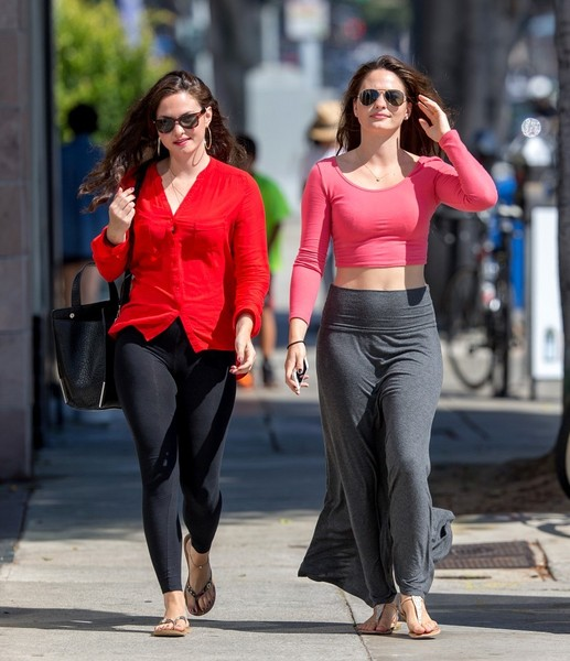 Sarah and Laura Bellini Out and About []