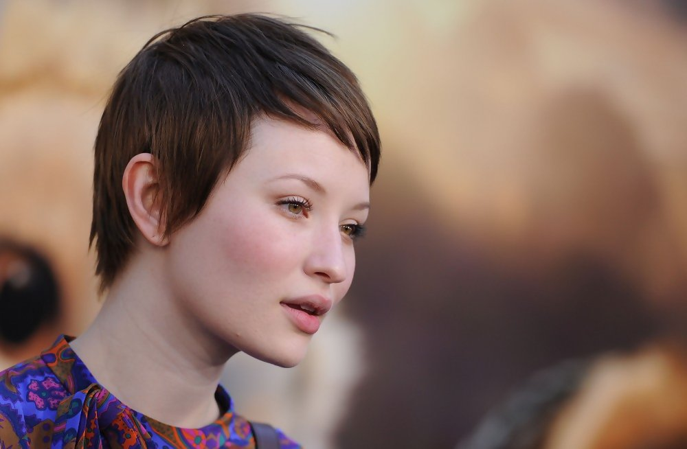 Emily Browning Photos Photos Legend Of The Guardians World