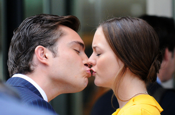 Leighton Meester and Ed Westwick - Page 6 Leighton+and+Ed+s+steamy+kiss+betO7WlfYOBl