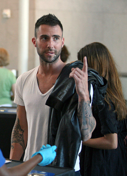 adam levine shirtless. adam levine girlfriend jane