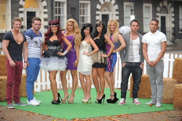who is jenna from the valleys dating The valleys (tv series) carley belmonte, darren chidgey, jenna jonathan, lateysha grace, leeroy reed, liam powell, natalee harris and nicole morris.