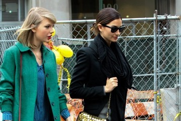 Lily Aldridge Taylor Swift and Lily Aldridge Take a Stroll