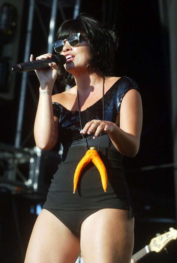 Lily allen ass je taime bebe - 4 3