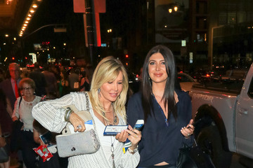 Lisa Gastineau Brittny Gastineau Outside Pantages Theatre In Hollywood