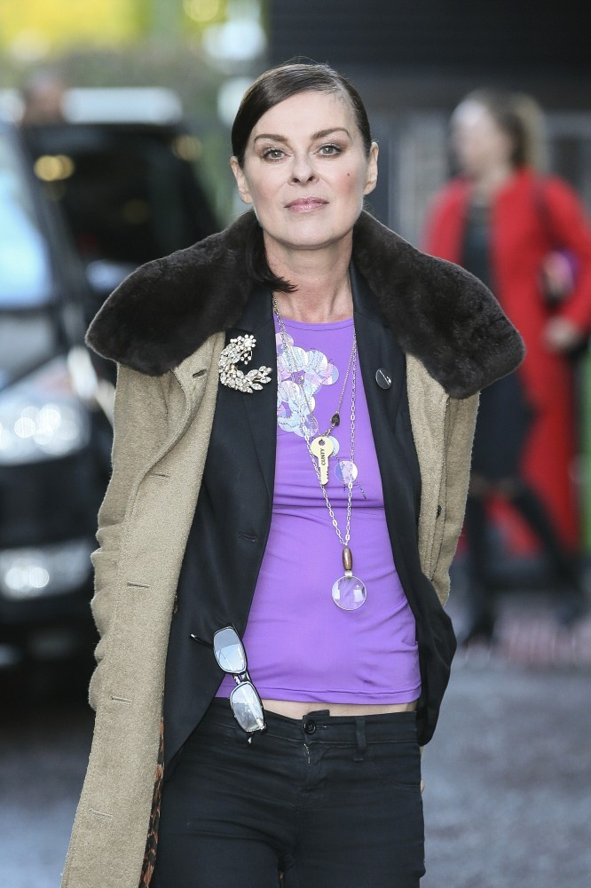 Kendall Jenner Griffin >> Lisa Stansfield Leaves the ITV Studios - Pictures - Zimbio