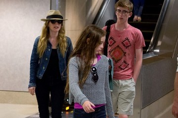 Liv Helen Freundlich Julianne Moore and Family at LAX