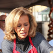 Marilyn McCoo Celebrities Are Seen at LA Mission Thanksgiving Dinner for the Homeless