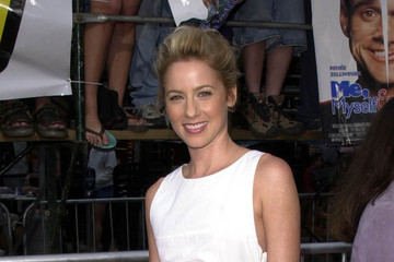 nude picturs of traylor howard. traylor howard pictures