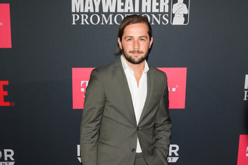 Michael Angarano VIP Pre-Fight Party Arrivals on the T-Mobile Magenta Carpet for Mayweather VS McGregor