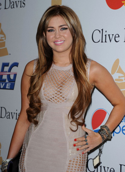 miley cyrus 2011 pictures. miley cyrus 2011 fat.