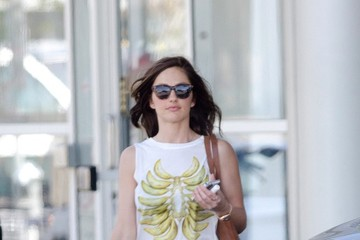 Minka Kelly Minka Kelly Out in Beverly Hills