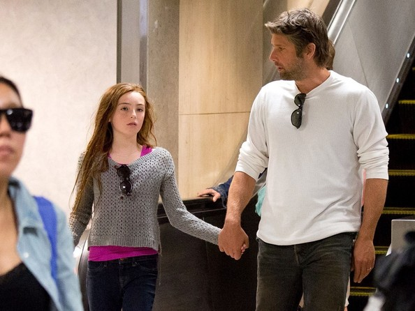 Bart Freundlich in Julianne Moore and Family at LAX - Zimbio