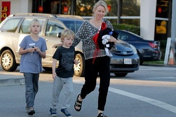 Naomi Watts Naomi Watts Out with Her Sons