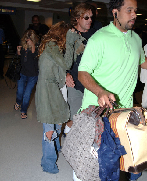 Olsen Twins arrive in LA - Zimbio