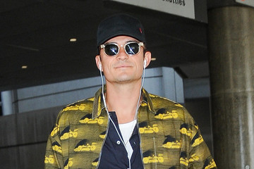 Orlando Bloom Orlando Bloom Takes a Flight at LAX