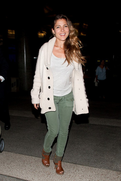 Elsa Patacky is all smiles as she arrives at LAX (Los Angeles Interational Airport).