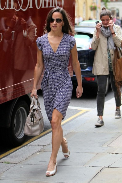 pippa middleton pictures. Pippa Middleton Pippa Middleton shows off her athletic physique in a form