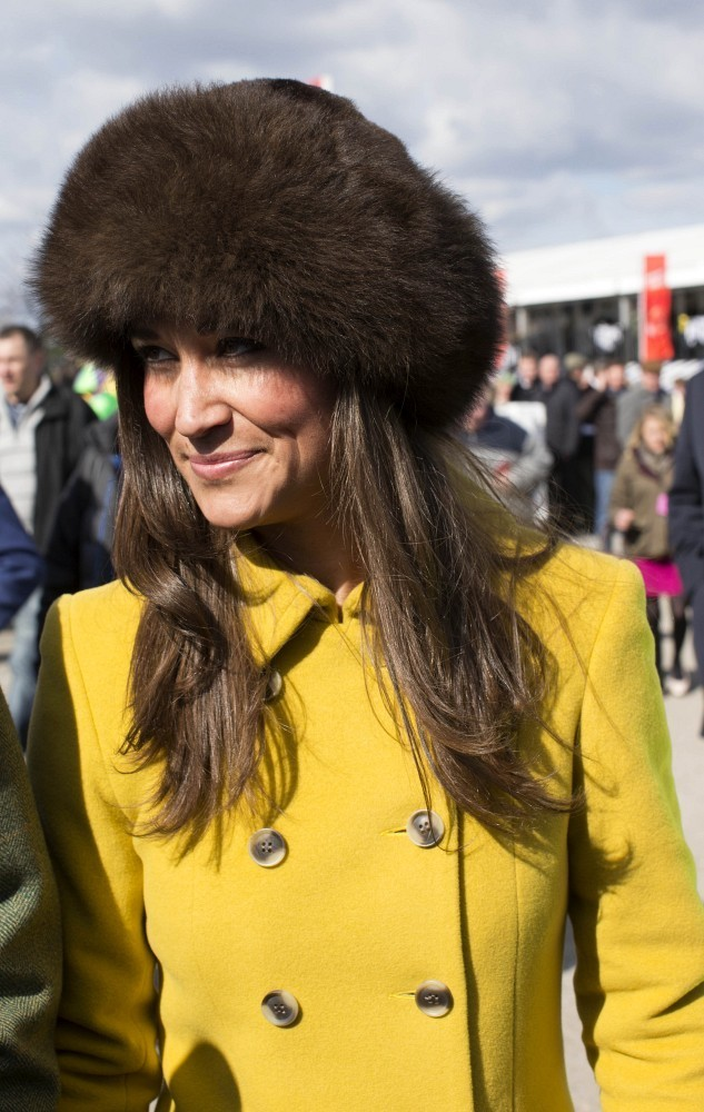 Pippa Middleton Goes to the Races 3