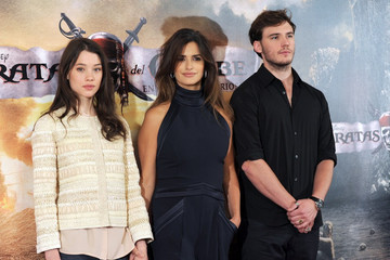Astrid Berges Frisbey Sam Claflin 'Pirates of the Caribbean: On Stranger Tides' Photocall