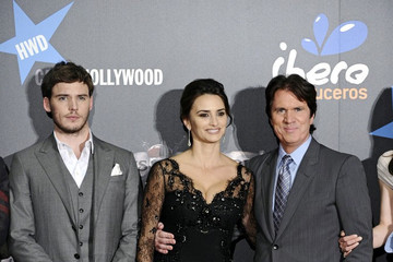 "Rob Marshall Sam Claflin ""Pirates"" Premieres in Spain"