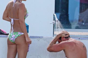 Ximena Duque Carlos Ponce and His Girlfriend on the Beach