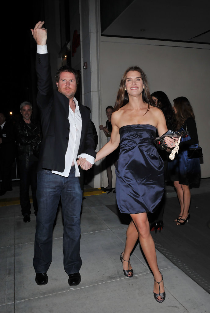 c418d15a579a Brooke Shields and Chris Henchy Photos Photos - Prada