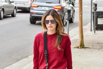 Rachel Bilson Rachel Bilson Runs Errands in Red