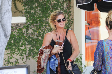 Rachel Hunter Rachel Hunter Goes Out to Lunch