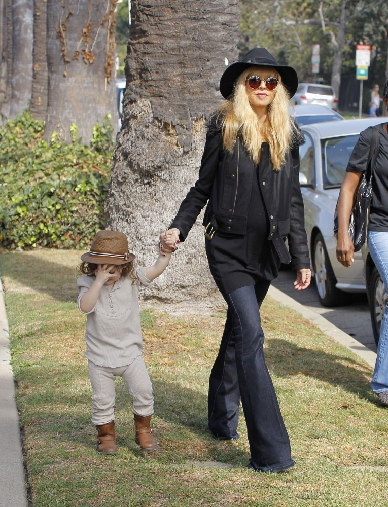 Rachel Zoe and Family at the Pumpkin Patch