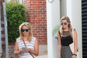 Reese Witherspoon Reese Witherspoon and Daughter Ava Phillippe Go out