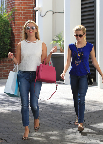 Reese Witherspoon and ... Reese Witherspoon Daughter