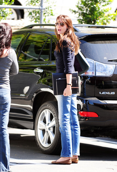 photo of Saffron Burrows  - car