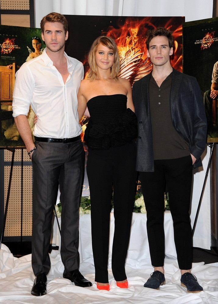 Sam Claflin - 'The Hunger Games' Stars Pose in Cannes