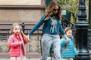 Sarah Jessica Parker Out with Her Girls