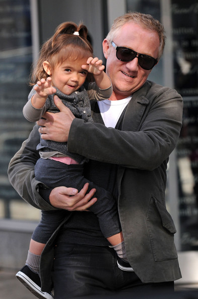 salma hayek husband and daughter. Actress Selma Hayek, husband