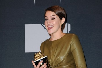 Shailene Woodley Press Room at the MTV Movie Awards