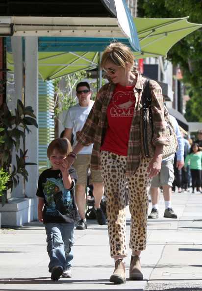 Sharon Stone Gets Take Out