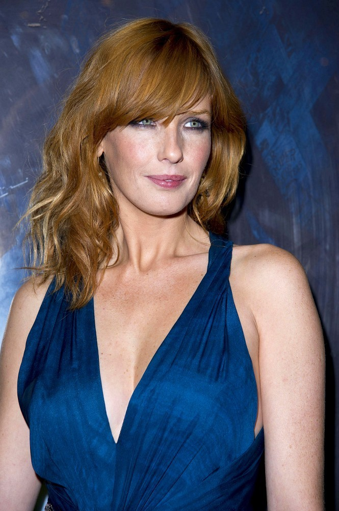Kelly Reilly - Kelly R...