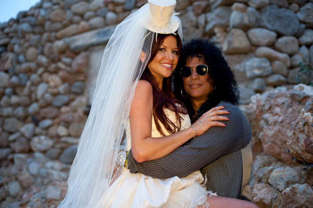 Rocker Slash Files for Divorce From Perla Hudson After 13 ... |Perla Hudson Instagram