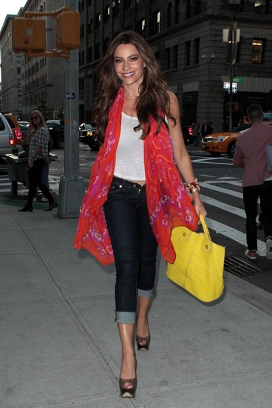 Byline: EROTEME.CO.UK.Sofia Vergara arriving her hotel in Soho New York.