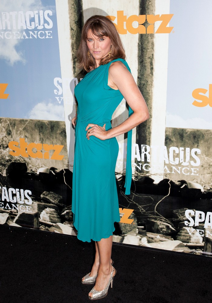 lucy lawless photos photos the spartacus vengeance