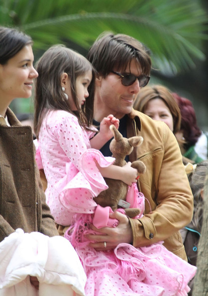 tom cruise and katie holmes and suri. Katie Holmes Tom Cruise and
