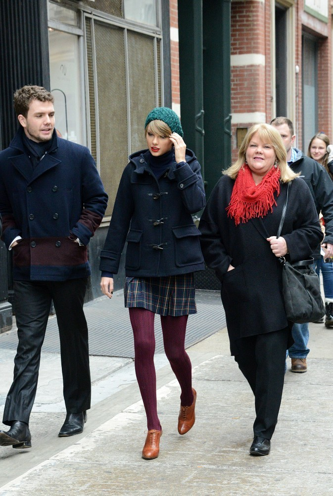 Taylor Swift S Dad Is Scott Swift Pictures And Info Taylor Swift Zimbio