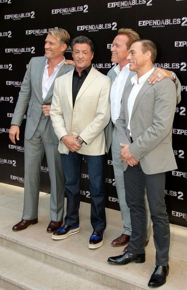 Why do Actors exaggerate their Heights? (Pics included ...