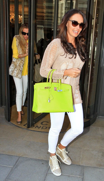 Tamara Ecclestone - Petra and Tamara Ecclestone Shop Together