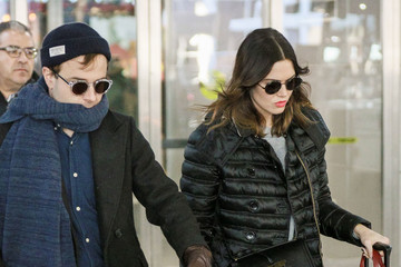 Taylor Goldsmith Mandy Moore and Taylor Goldsmith at JFK International Airport