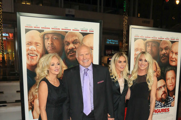 Terry Bradshaw Premiere of Warner Bros. Pictures' 'Father Figures'