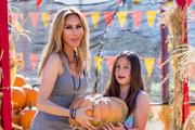 Tess Broussard is seen at a pumpkin patch with her daughter Ava on October 21, 2016.