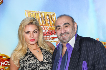 Tia Barr Celebrities Attend 'Bullets Over Broadway' Premiere